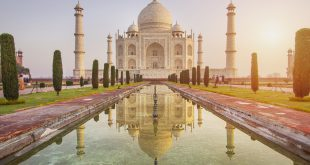 Pollution and the Taj Mahal